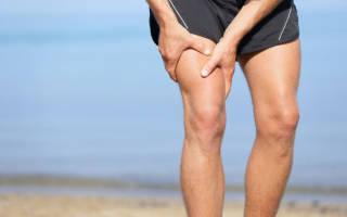 Почему болят мышцы ног выше колен спереди