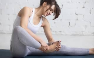 Почему сводит стопы и пальцы на ногах