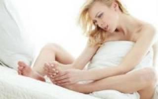 Большой палец на ноге опух и болит
